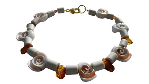 Amber necklace EM-Kera Pipes Shellfish 40cm