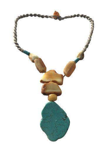 DESIGN Natural amber necklace with turquoise